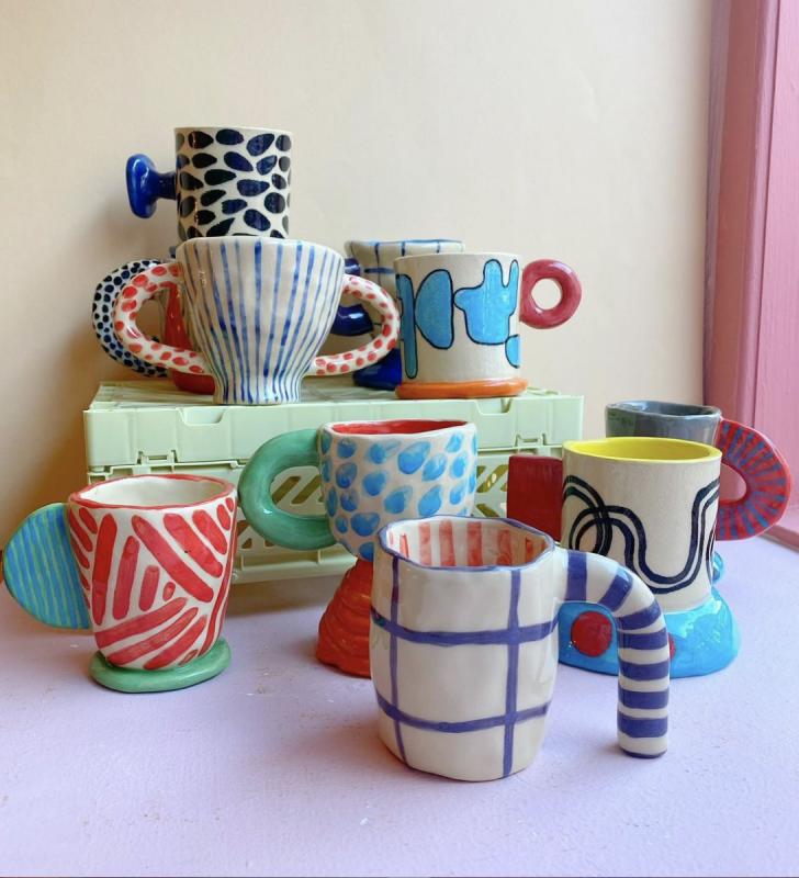 forskellige unikke kopper fra Rebu Ceramics