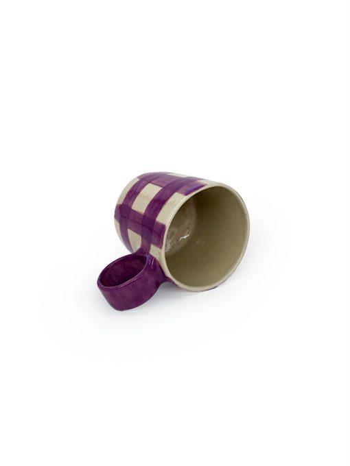Atelier Borekull keramik kop med hank og tern i lilla