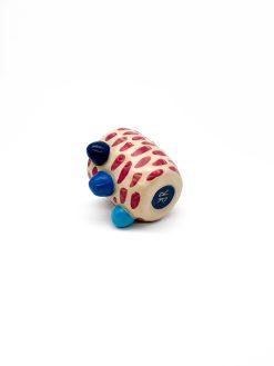 lille keramik kop med røde prikker og alternative hanke fra Rebu Ceramics