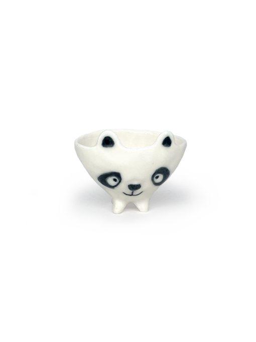 Lille hvid keramikskål formet som en Panda fra Rikke Mangelsen